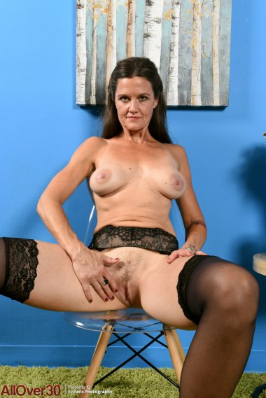 Brunette naughty housewife playing with herself