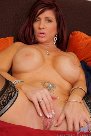 Thick and busty Brittany Blaze fingers her pussy doggystyle