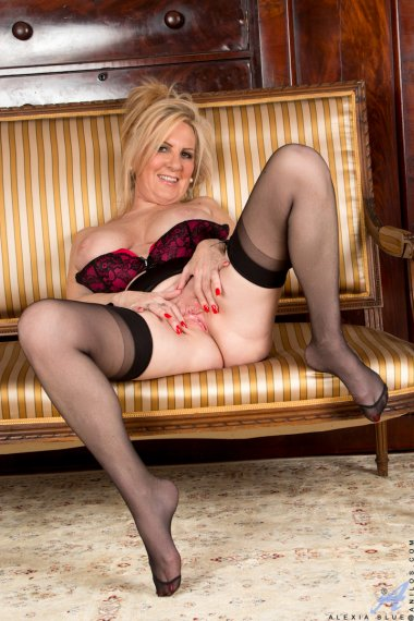 Blonde big boobed housewife playing with herself