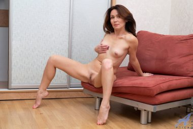 Hot babe playing with her wet pussy